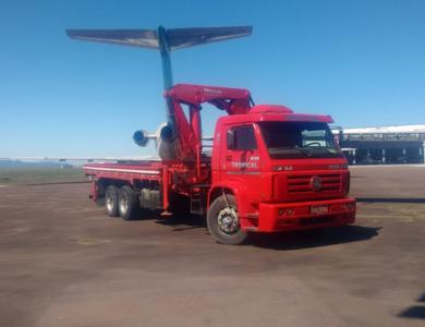 Auxílio para desmontagem de aeronave