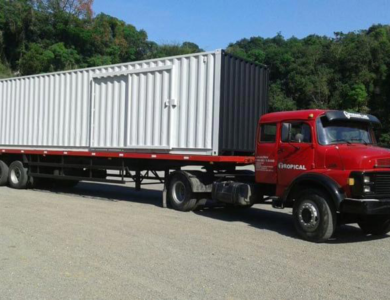 Carreta transportes de container
